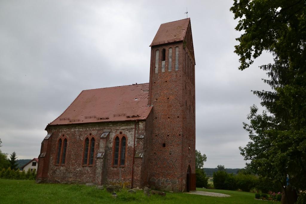 Zdjęcia: Sławsko, województwo zachodniopomorskie, Gotycki kościół z XV w., POLSKA