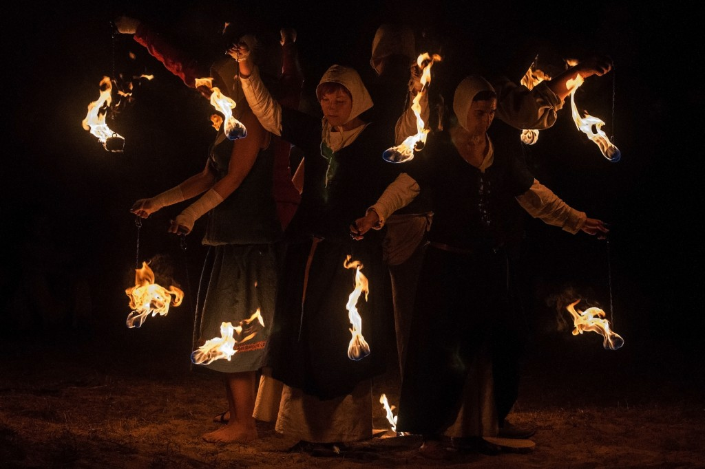 Zdjęcia: Grunwald, Warmia, Krąg ognia, POLSKA