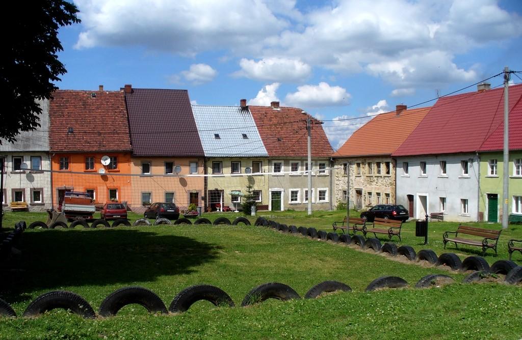 Zdjęcia: Złotniki Lubańskie, dolnoślaskie, Rynek,  Złotniki Lubańskie, POLSKA