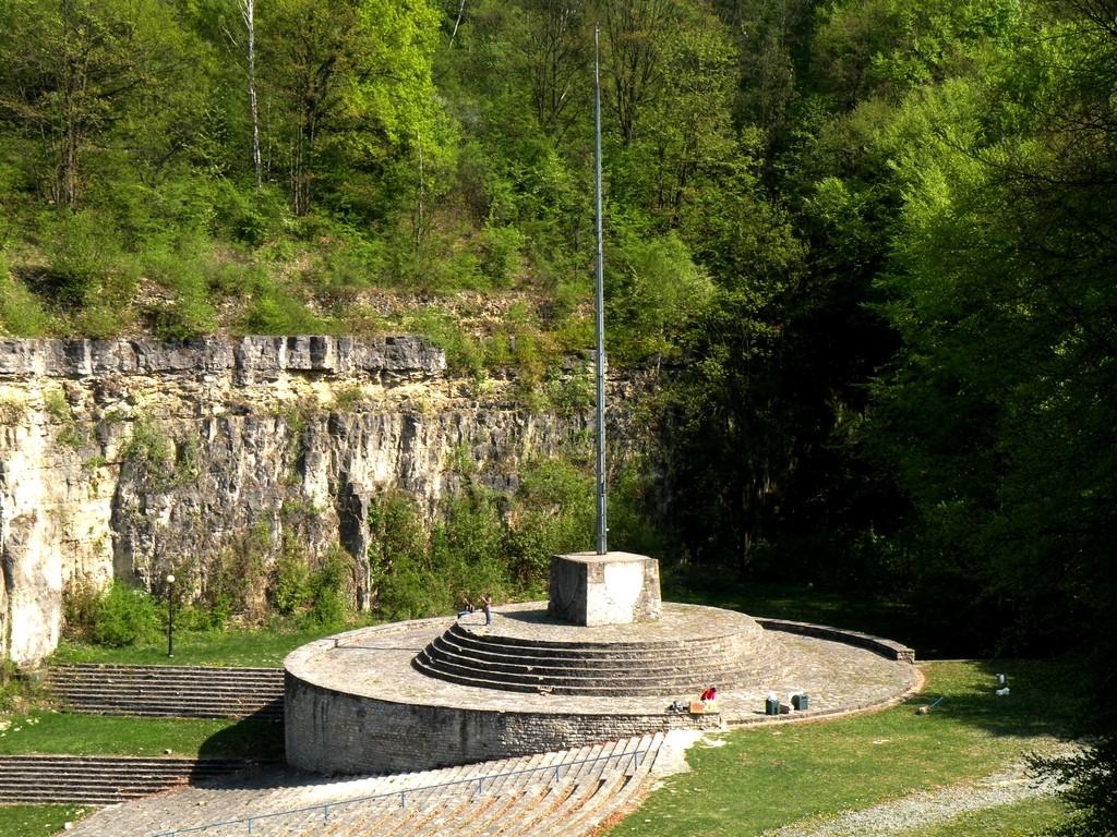 Zdjęcia: Góra Św. Anny, opolskie, Podstument z masztem, POLSKA