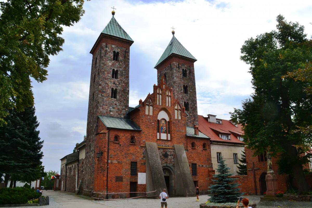 Zdjęcia: Czerwińsk nad Wisłą, mazowieckie, Szlak Romański, POLSKA