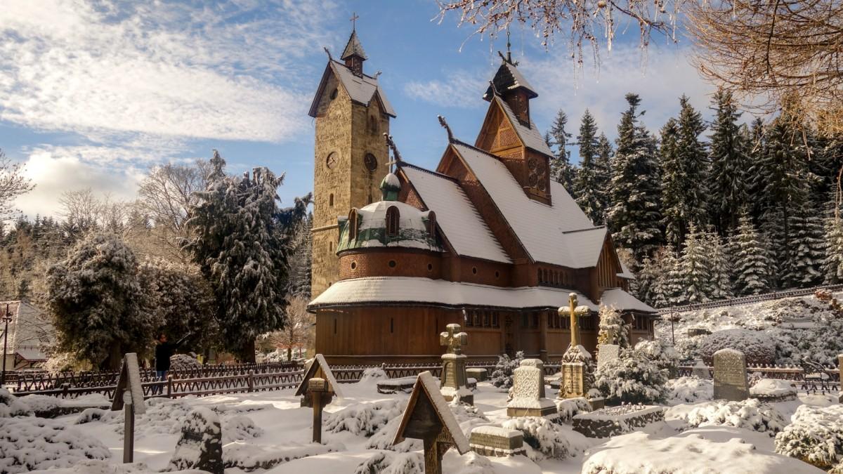 Zdjęcia: Karpacz, dolnoslaskie, Świątynia Wang, POLSKA
