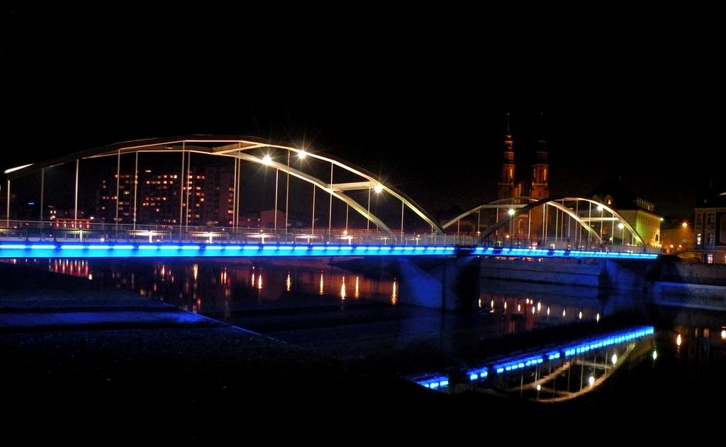 Zdjęcia: Opole, opolskie, Najważniejszy mostek, nocą., POLSKA