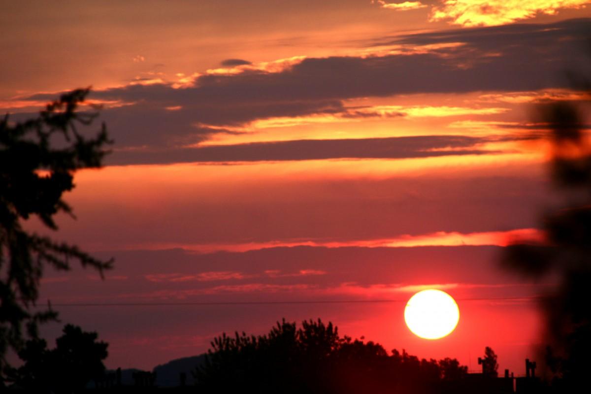 Zdjęcia: Dąbrowa Górnicza, Ślaskie, Zachód słońca nad miastem, POLSKA