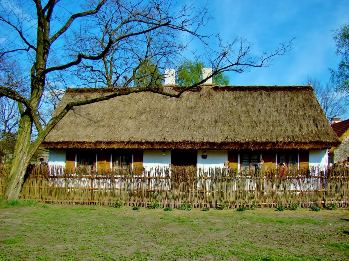 Zdjęcia: Łódź, województwo łódzkie, Ogród botaniczny-mini-skansen, POLSKA