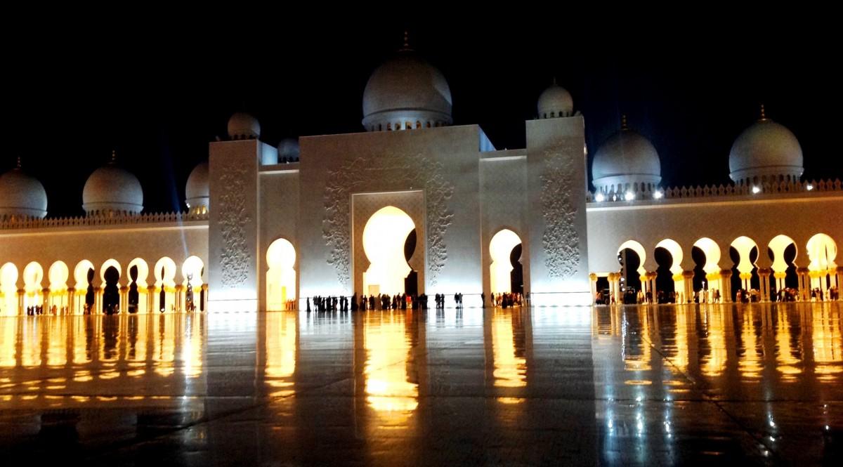 Zdjęcia: Sheikh Zayed Grand Mosque, Abu Dhabi, Wielki Meczet Szejka Zayeda nocą, POLSKA