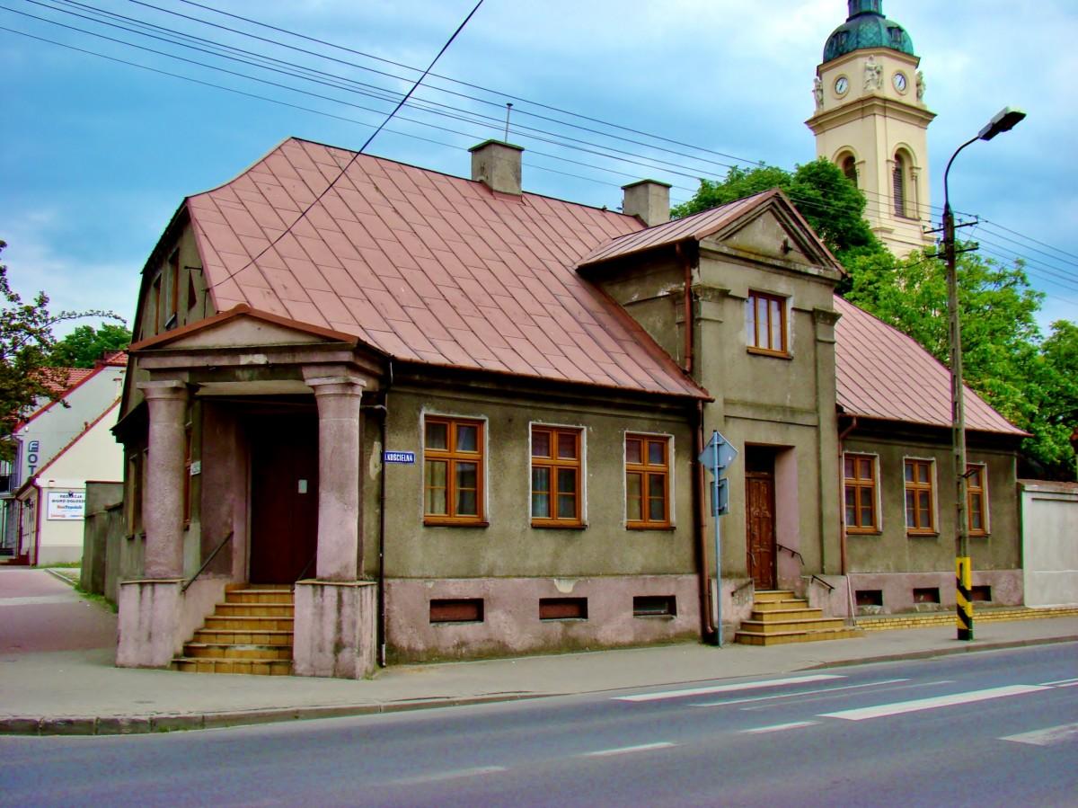 Zdjęcia: Zduńska Wola, województwo łódzkie, Dom z 1825 roku, POLSKA