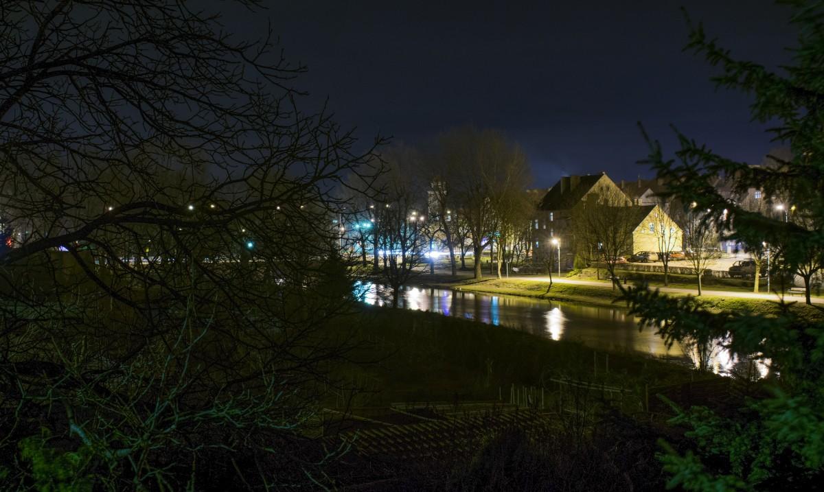 Zdjęcia: Międzyrzecz, woj. Lubuskie, Miasto nad rzeką nocą , POLSKA