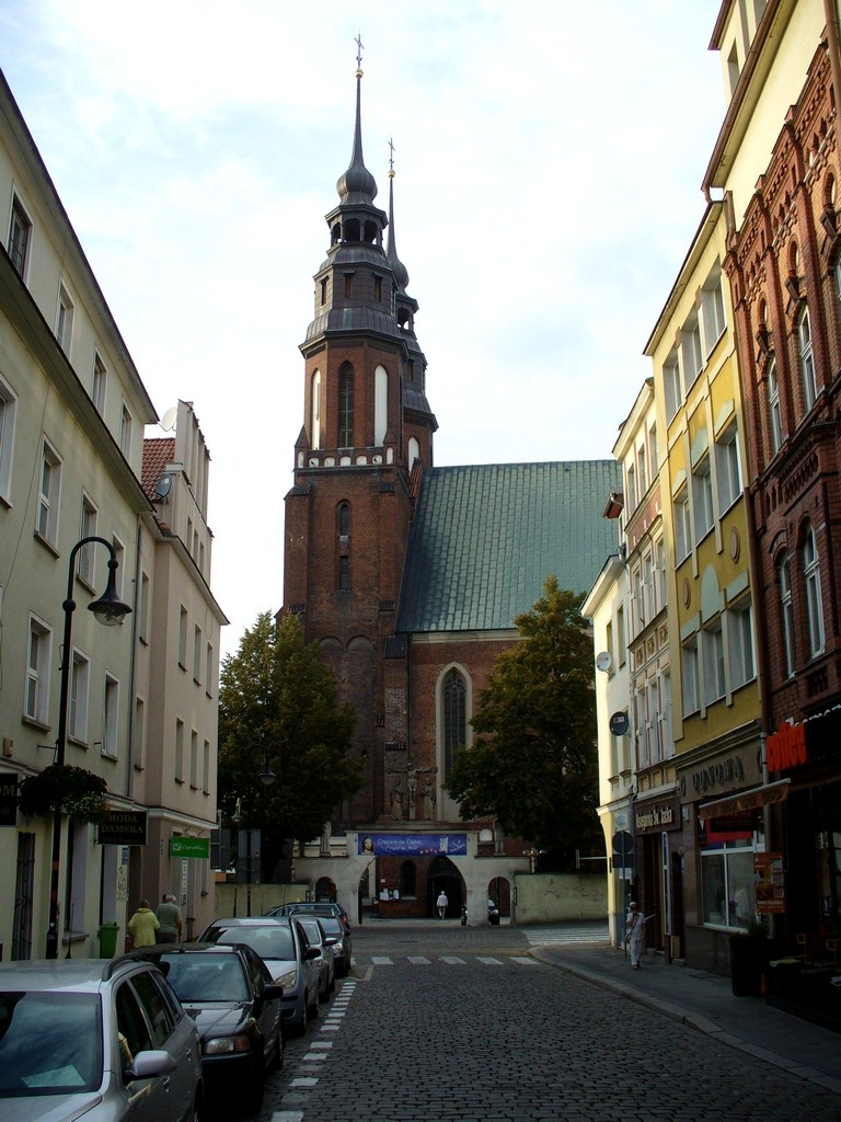 Zdjęcia: Opole, opolskie, Uliczka z rynku do katedry, POLSKA