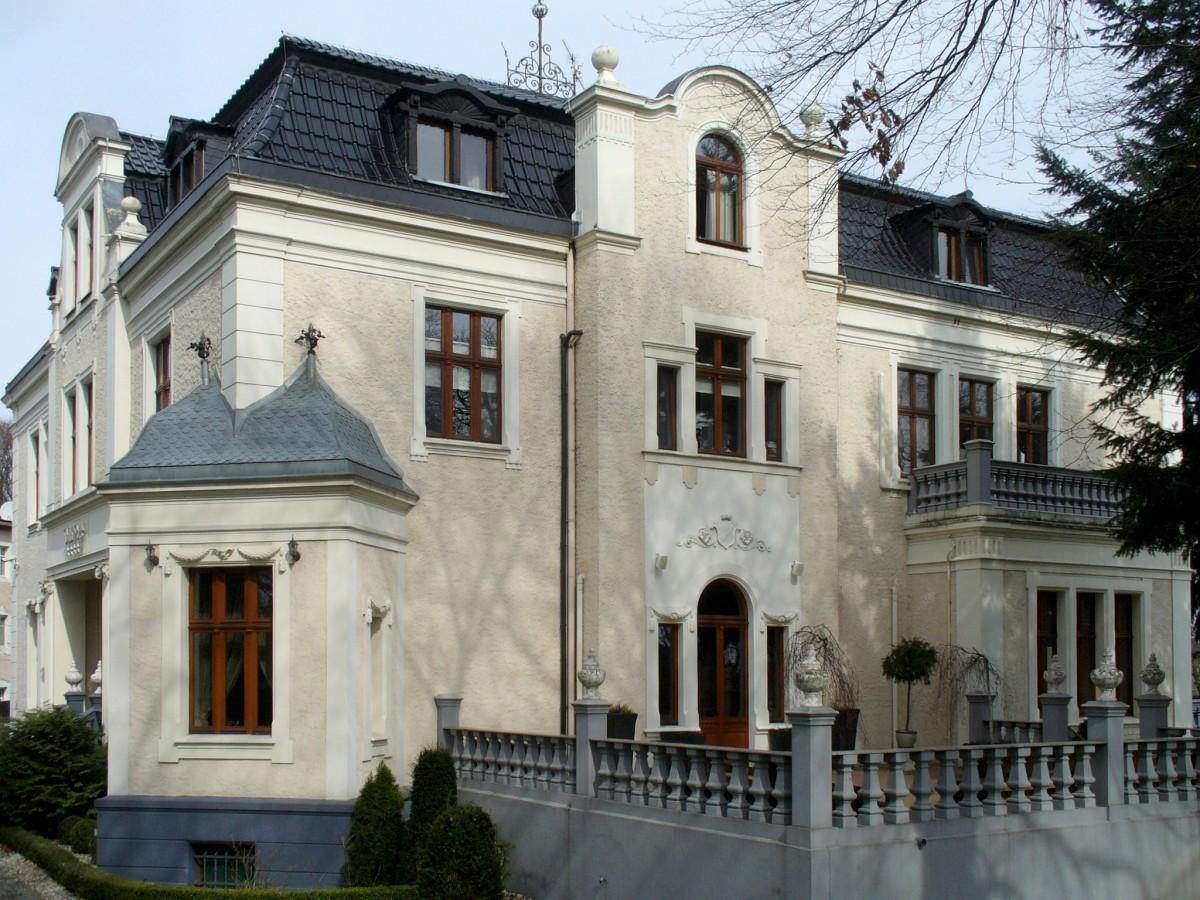 Zdjęcia: Groszowice, opolskie, Pałac z XIXw widok od strony parku, POLSKA