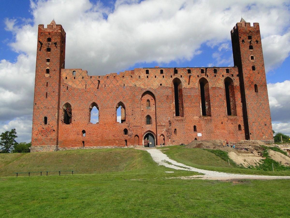 Zdjęcia: Radzyń Chełmiński, kujawsko-pomorskie, Malownicze ruiny, POLSKA