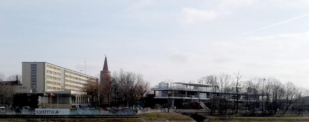 Zdjęcia: Opole, opolskie, Niezbyt imponujacy amfiteatr o tej porze roku., POLSKA