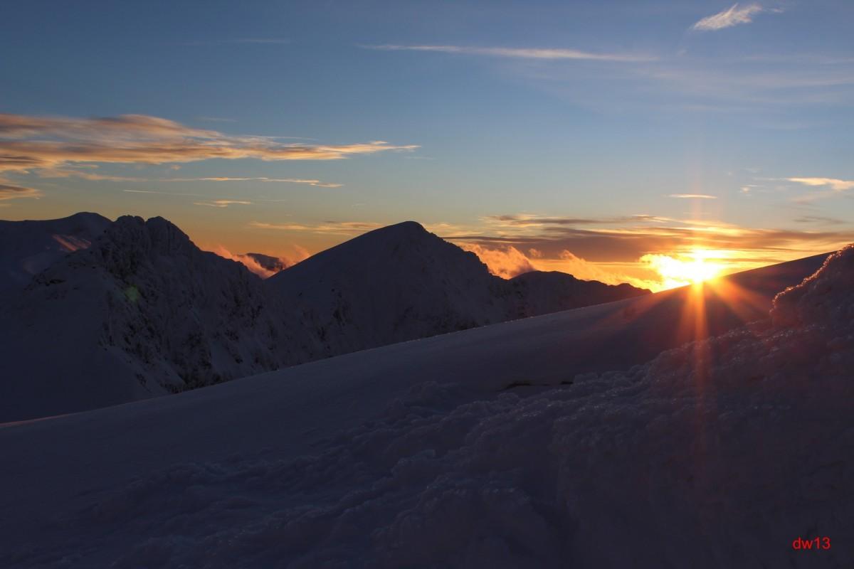 Zdjęcia: Wołowiec, Zachód słońca, POLSKA