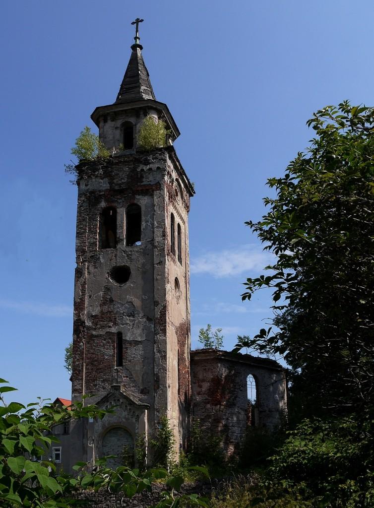 Zdjęcia: Unisław Śląski, dolnoślaskie, Zabytek w ruinie (ewangelicki), POLSKA