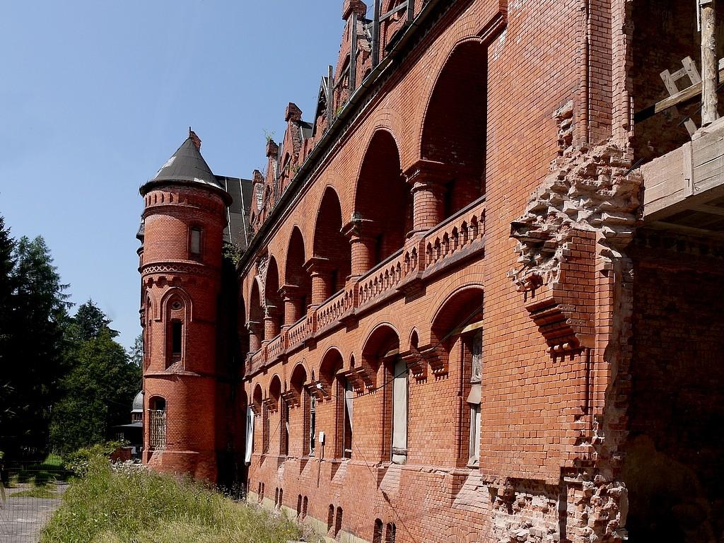Zdjęcia: Sokołowsko, dolnoślaskie, Ruina dawnego sanatorium p. guźliczego., POLSKA