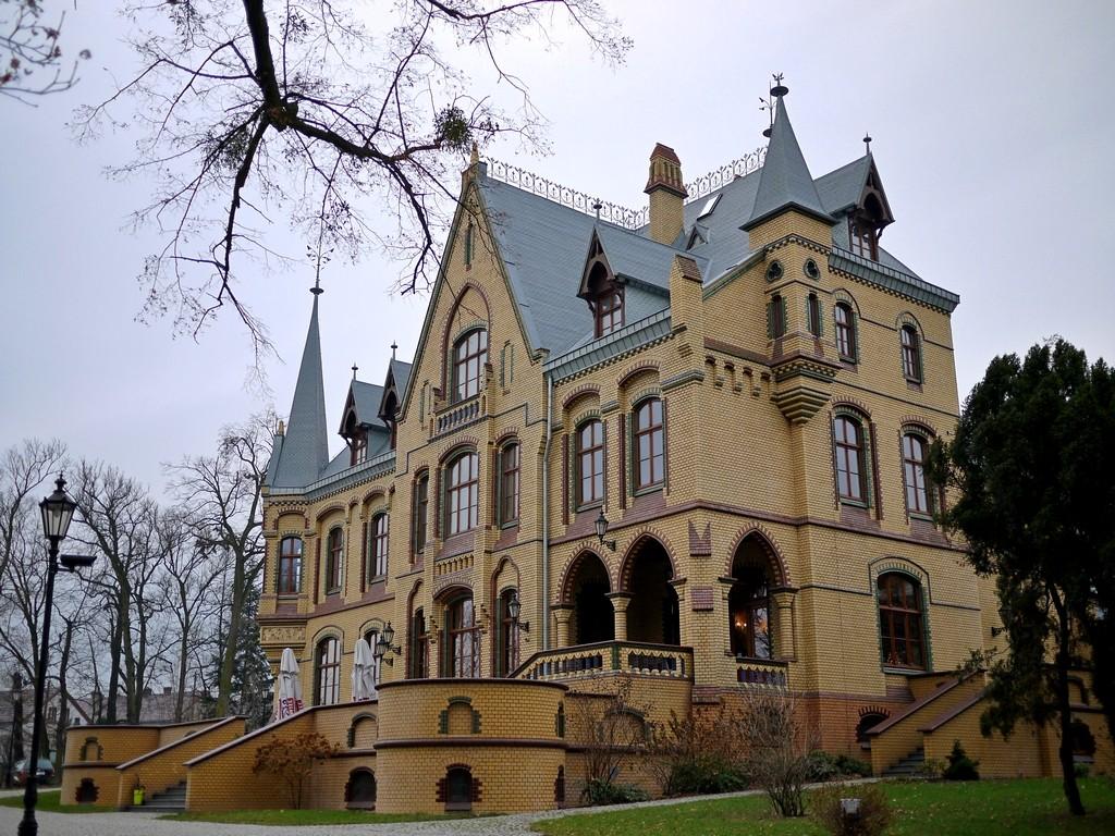 Zdjęcia: Większyce, opolskie, Pałac restauracja, POLSKA