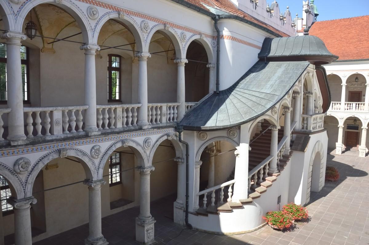 Zdjęcia: Baranów Sandomierski, Podkarpacie, Krużganki, POLSKA