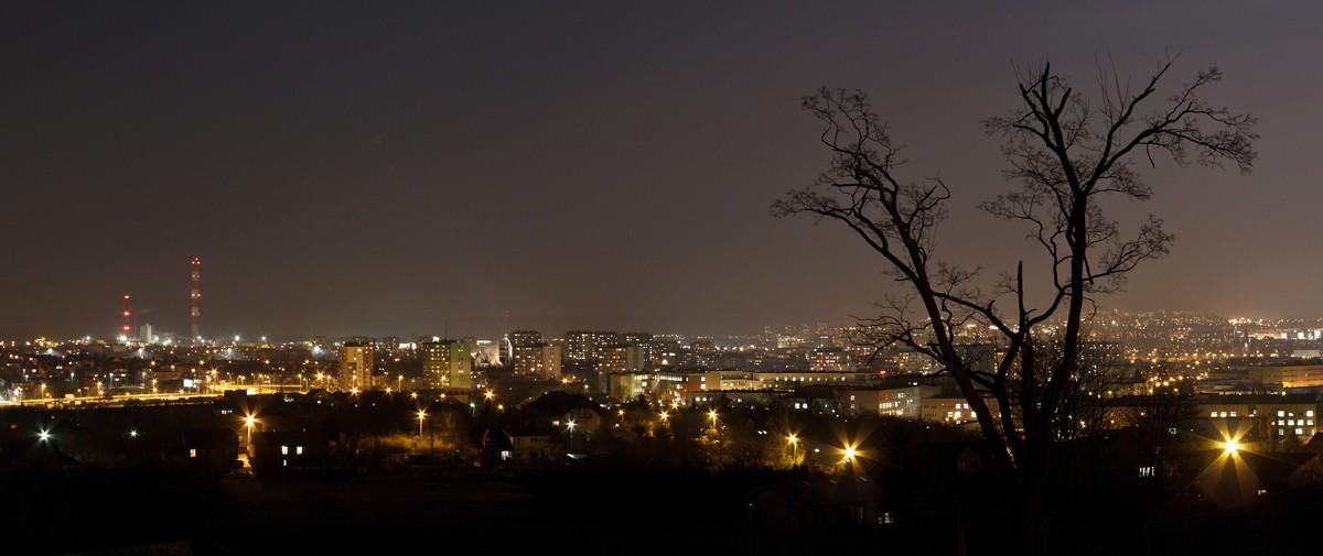 Zdjęcia: Kielce, Kielce, Miasto nocą, POLSKA