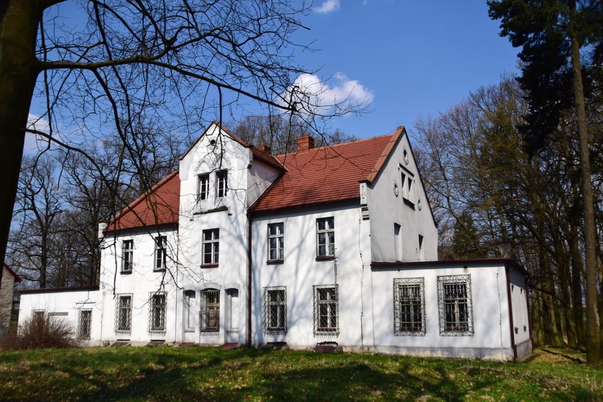 Zdjęcia: Płużnica Wielka, Opolskie, Domek zarządcy, POLSKA