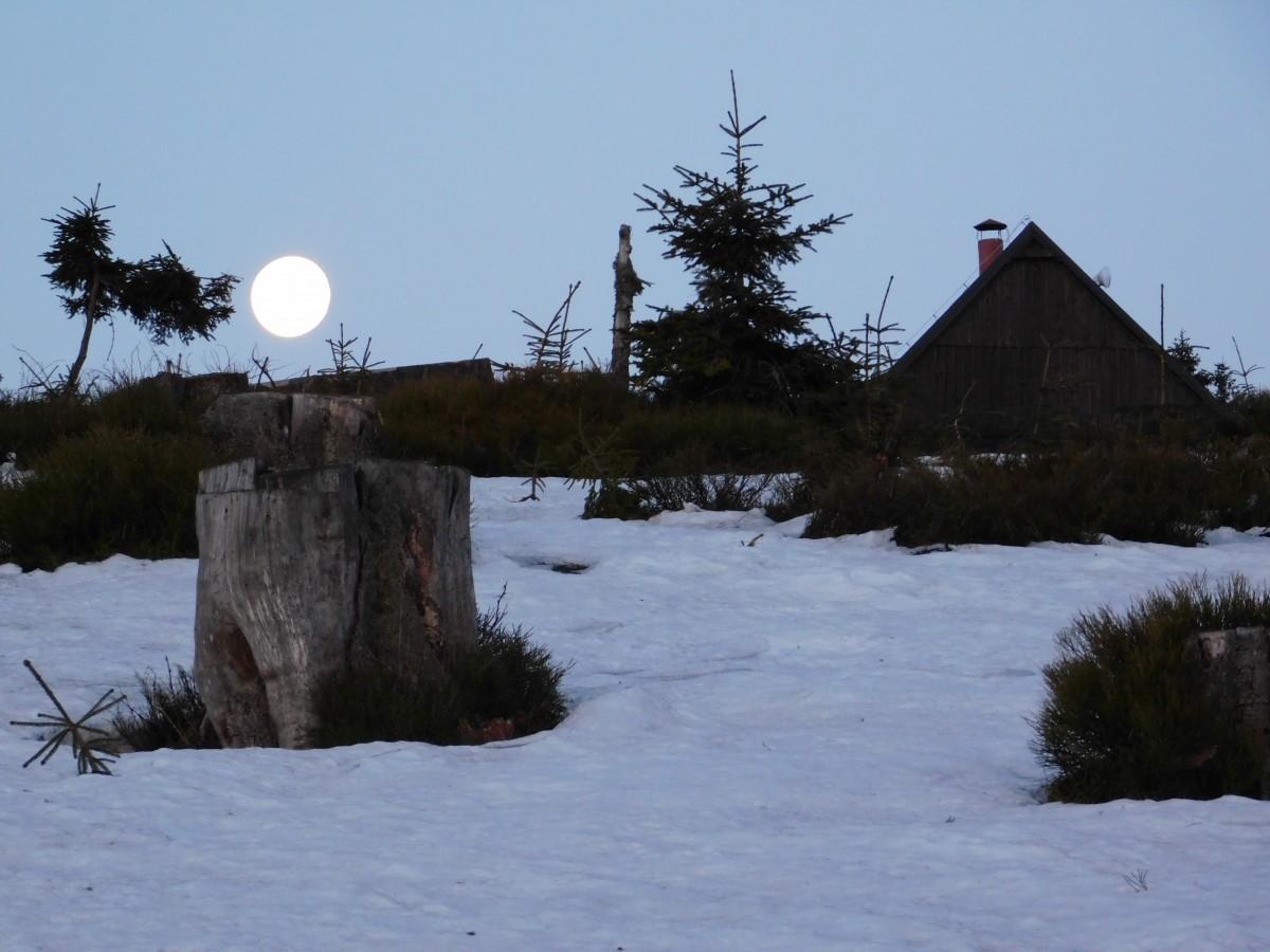 Zdjęcia: rysianka , Beskidy, zachód księżyca pod Rysianką , POLSKA