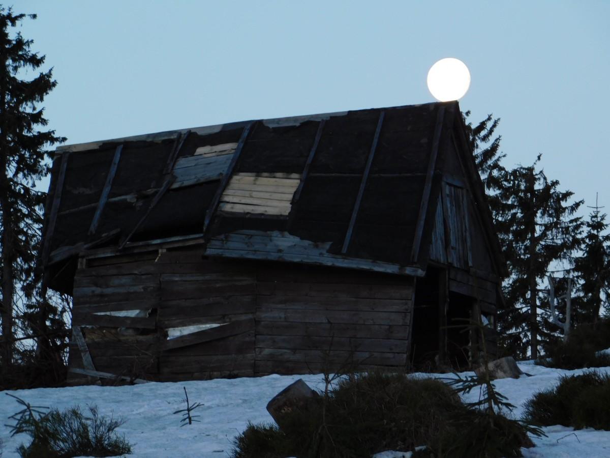 Zdjęcia: rysianka , Beskidy, zachód księżyca., POLSKA