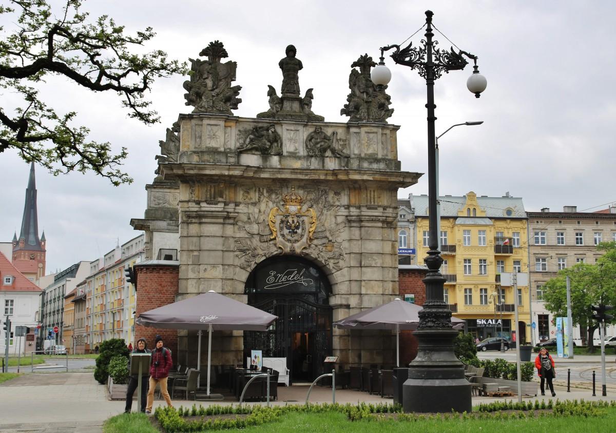 Zdjęcia: Szczecin, Pobrzeże Szczecińskie, Brama Królewska (wedlowska?), POLSKA