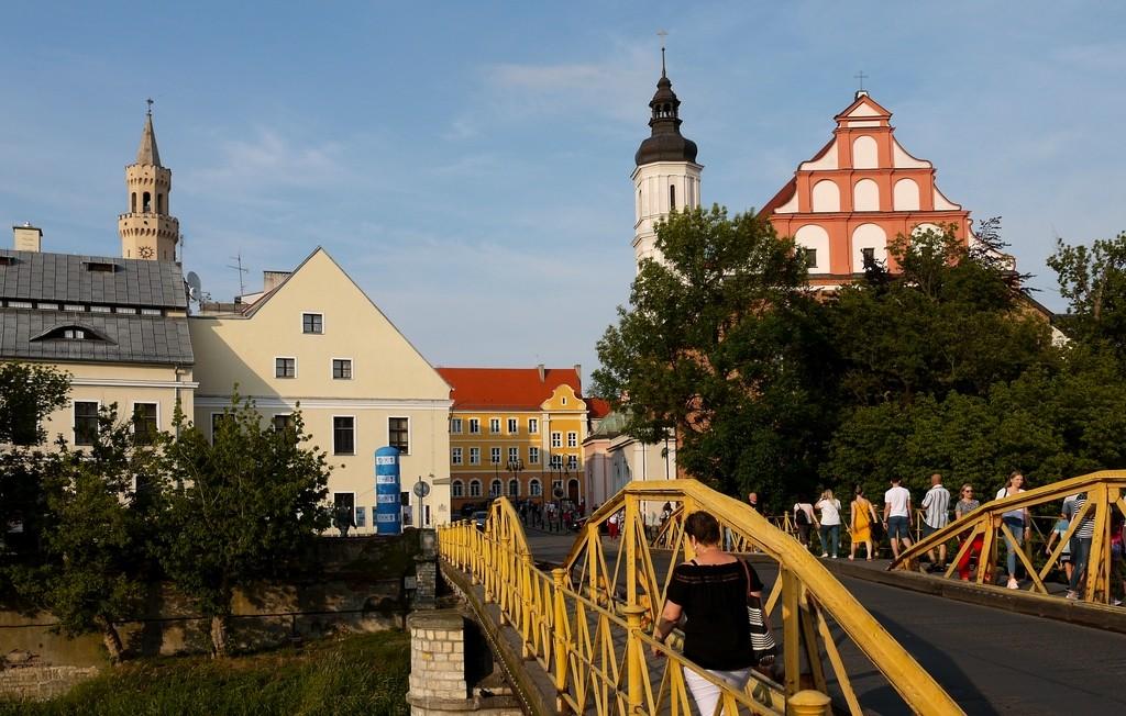 Zdjęcia: Opole, opolskie, W kierunku rynku opolskiego, POLSKA
