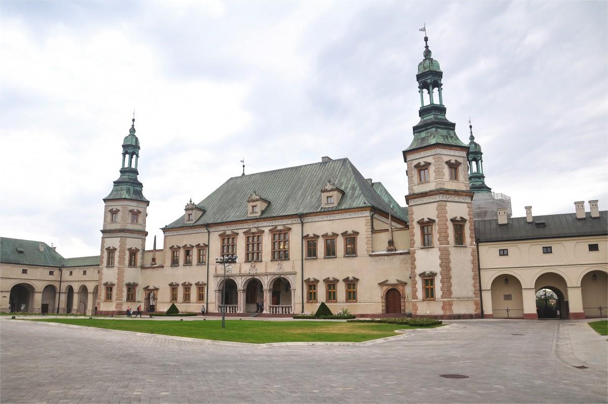Zdjęcia: Kielce, świętokrzyskie, Pałac Biskupów Krakowskich w Kielcach, POLSKA