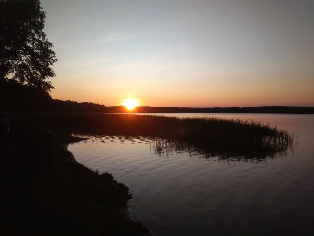 Zdjęcia: Niesulice, Pojezierze Łagowskie, zachód słońca nad jeziorem Niesłysz, POLSKA