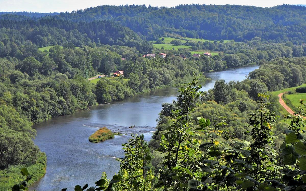 Zdjęcia: Załuż, widok z ruin zamku na Górze Sobień, Podkarpacie, dolina Sanu..., POLSKA