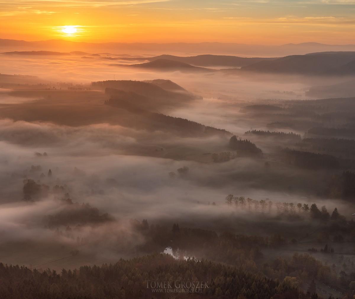 Zdjęcia: Radków, dolnośląskie, Poranek w Sudetach, POLSKA