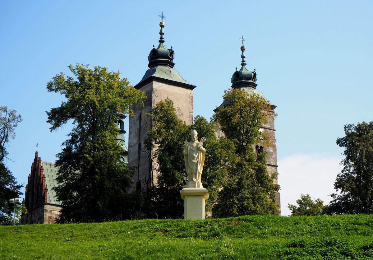 Zdjęcia: Opatów, świętokrzyskie, Kolegiata św. Marcina..., POLSKA