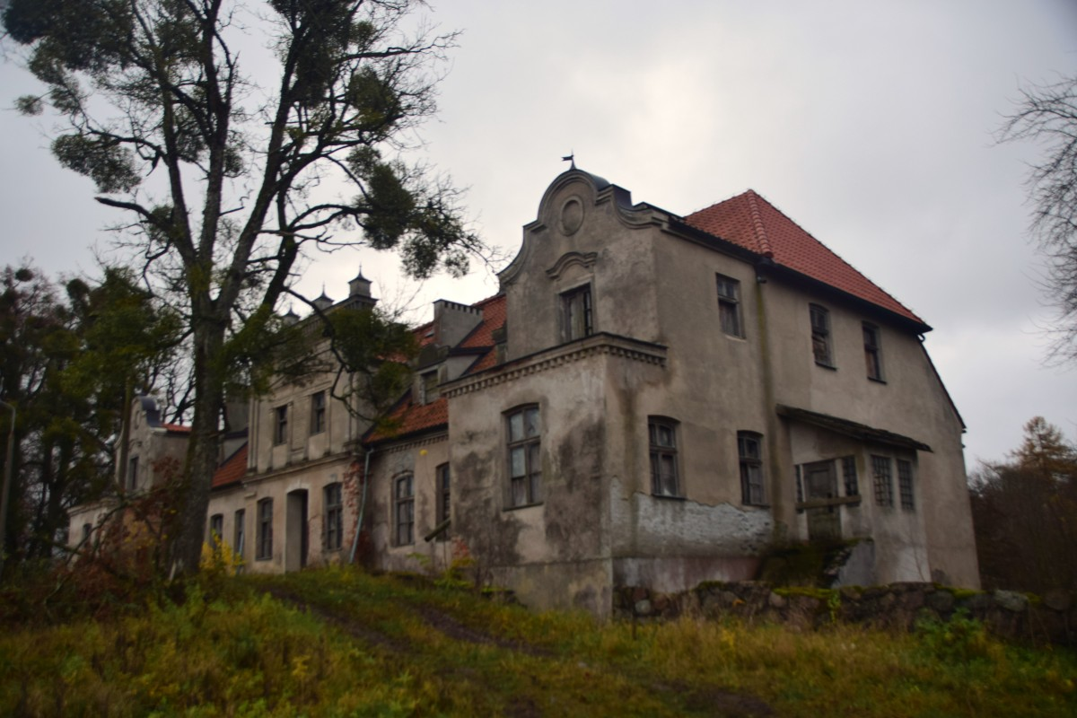 Zdjęcia: Górowo, Warmińsko-Mazurskie, Pałac rodu Sarasin, POLSKA