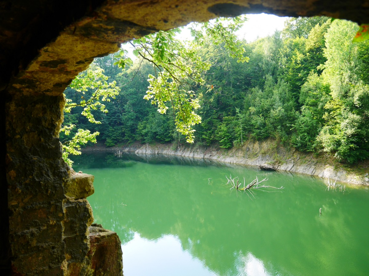 Zdjęcia: Zagórze Śląskie, dolnośląskie, Jeziorko Daisy, POLSKA