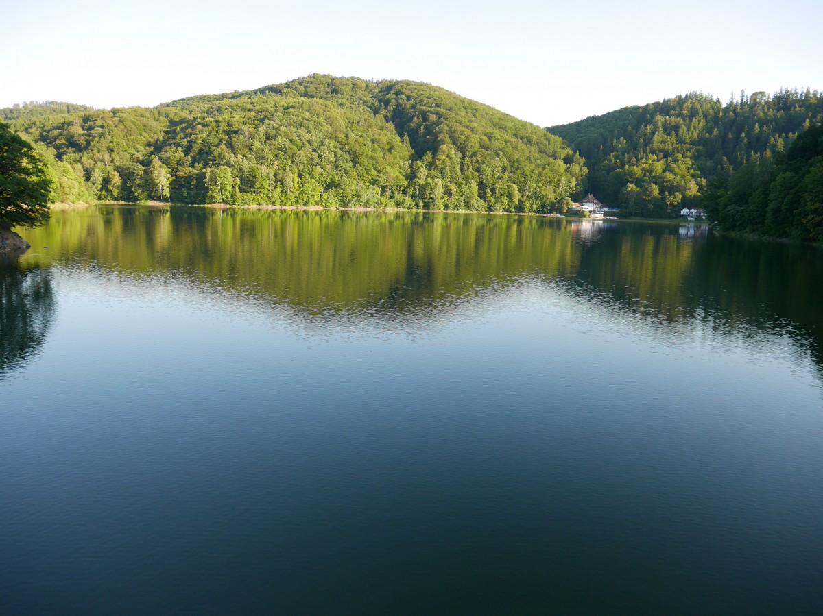 Zdjęcia: Rezerwat przyrody, dolnośląskie, Nocá jeziorko Daisy zmienilo sié w Zaporé, POLSKA