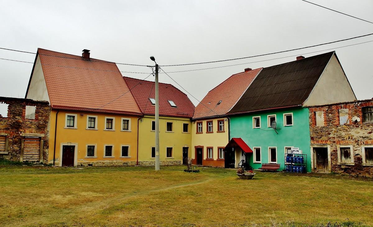 Zdjęcia: Złotniki Lubańskie, województwo dolnośląskie, Rynek, POLSKA