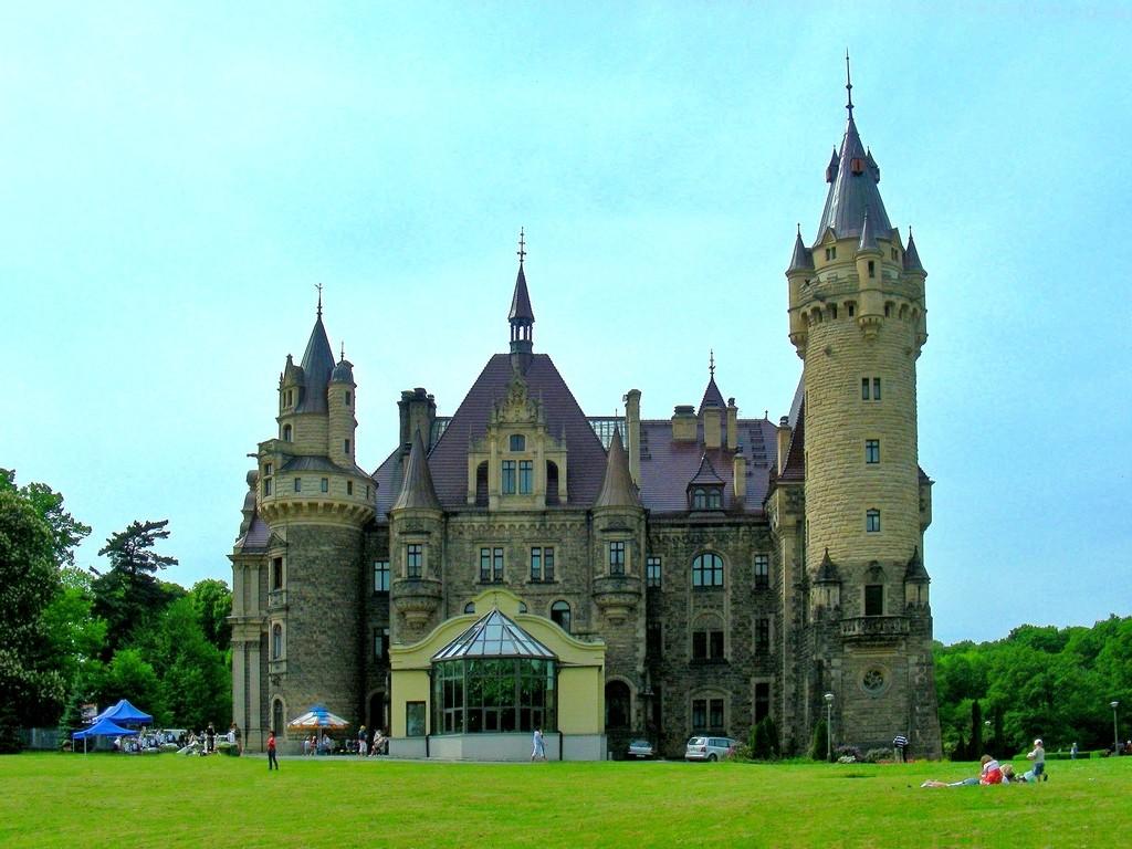 Zdjęcia: Moszna, opolskie, Jeszcze jedno ujęcie pałacu., POLSKA