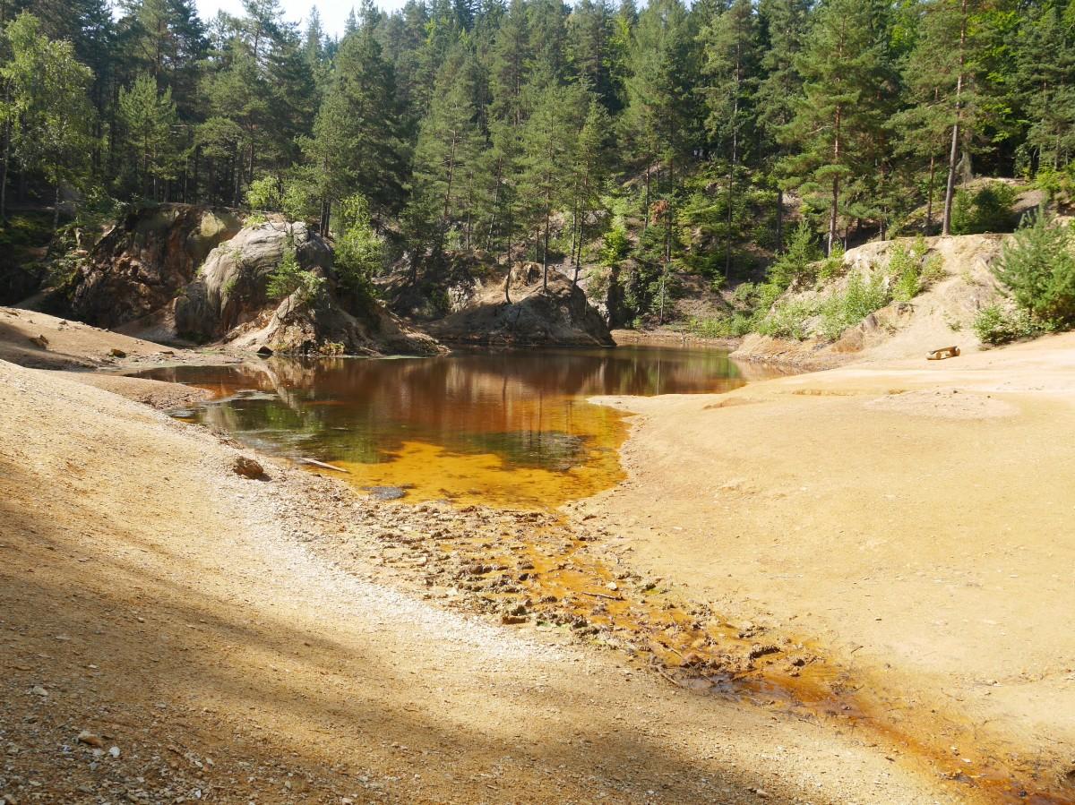 Zdjęcia:  Rudawski Park Krajobrazowy, -dolnośląskie, Było suche lato, POLSKA