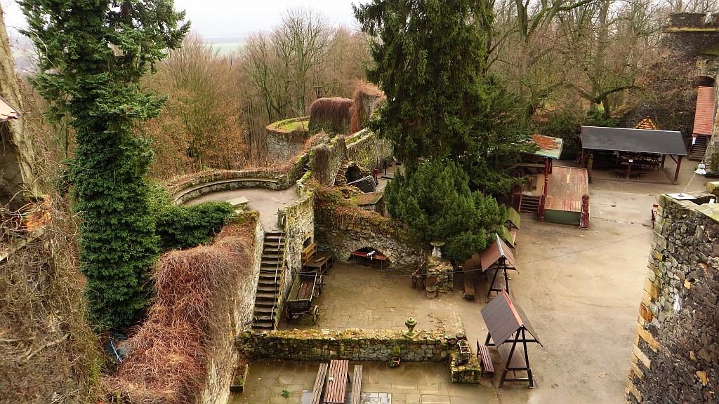 Zdjęcia: Grodziec gm. Zagrodno, Dolny Śląsk, zamek Grodziec dziedziniec, POLSKA