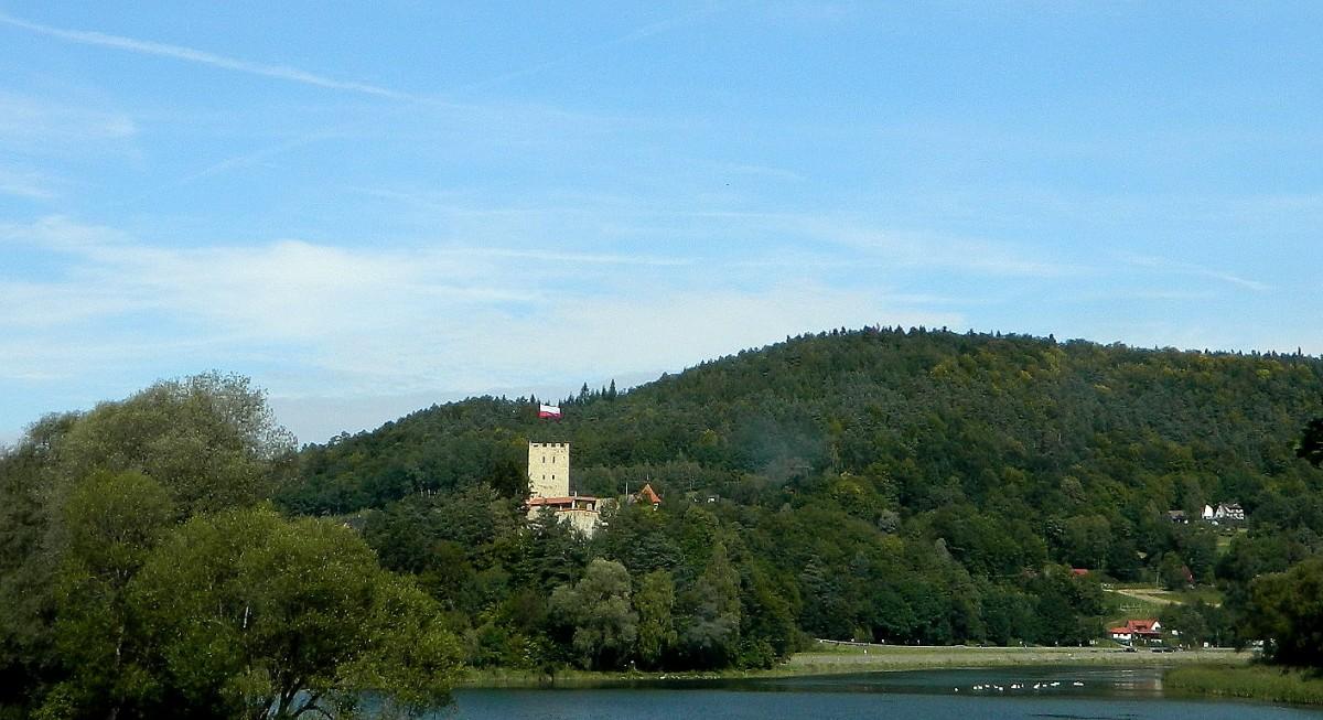 Zdjęcia: Wytrzyszczka, małopolskie, Zamek Tropsztyn, nad jeziorem Czchów, POLSKA