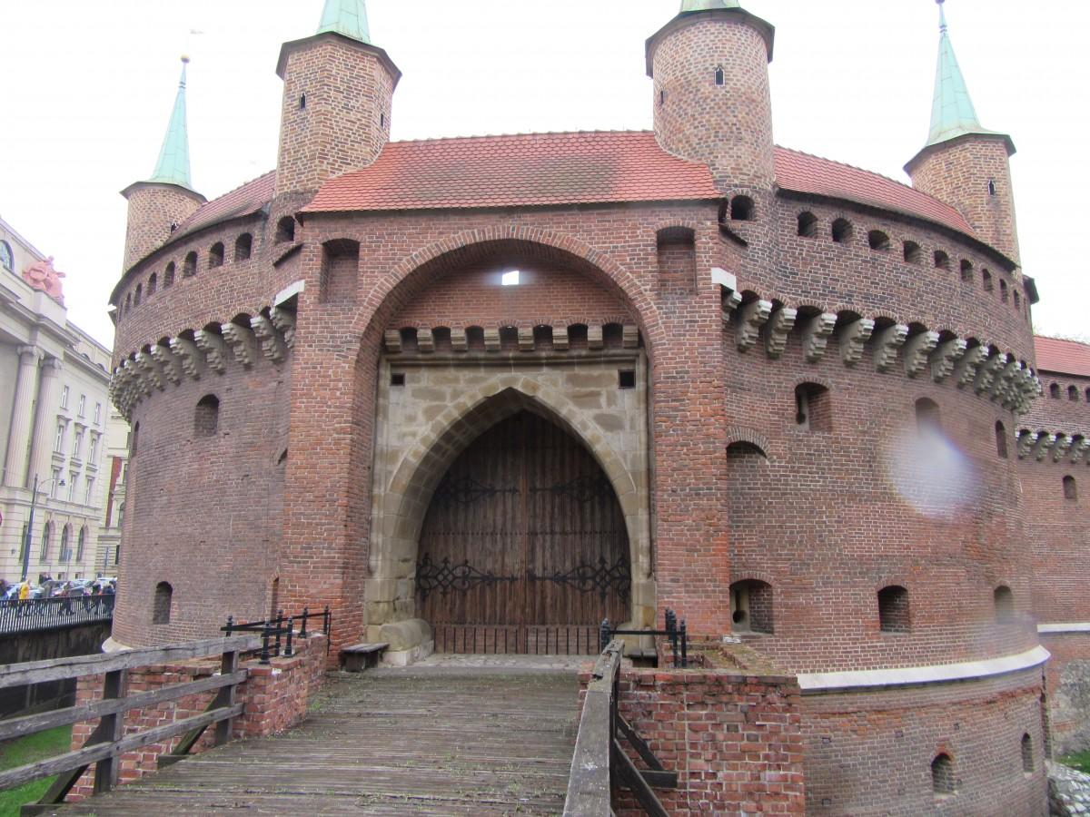 Zdjęcia: Kraków, Kraków, Barbakan, POLSKA