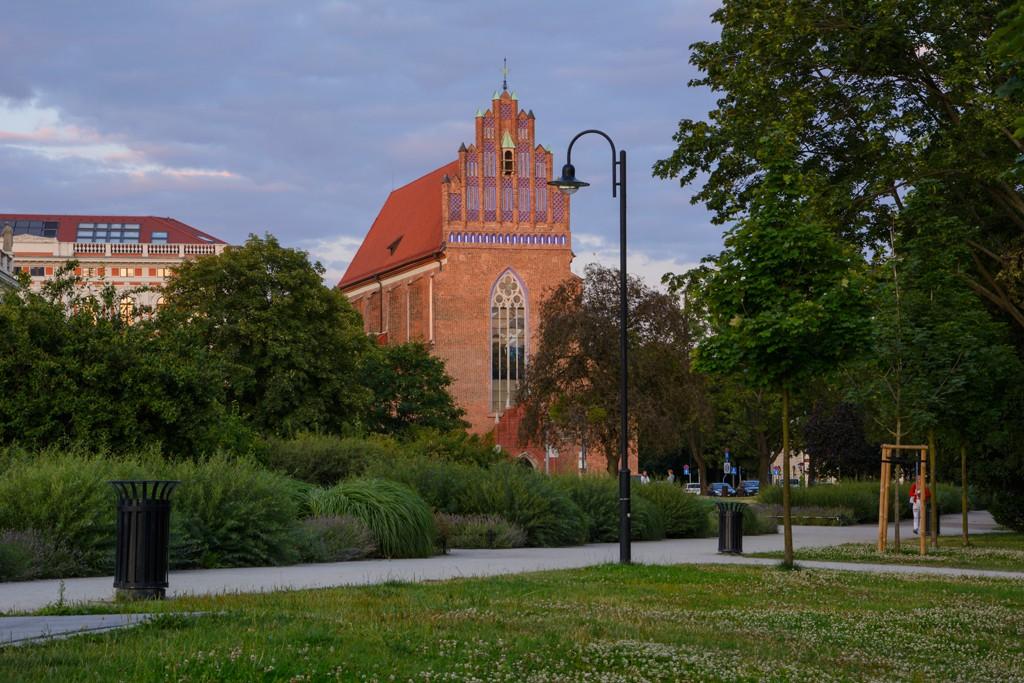 Zdjęcia: Wrocław, woj. dolnośląskie, Pocztówki z Wrocławia - Parafia Rzymskokatolicka pw Bożego Ciała, POLSKA