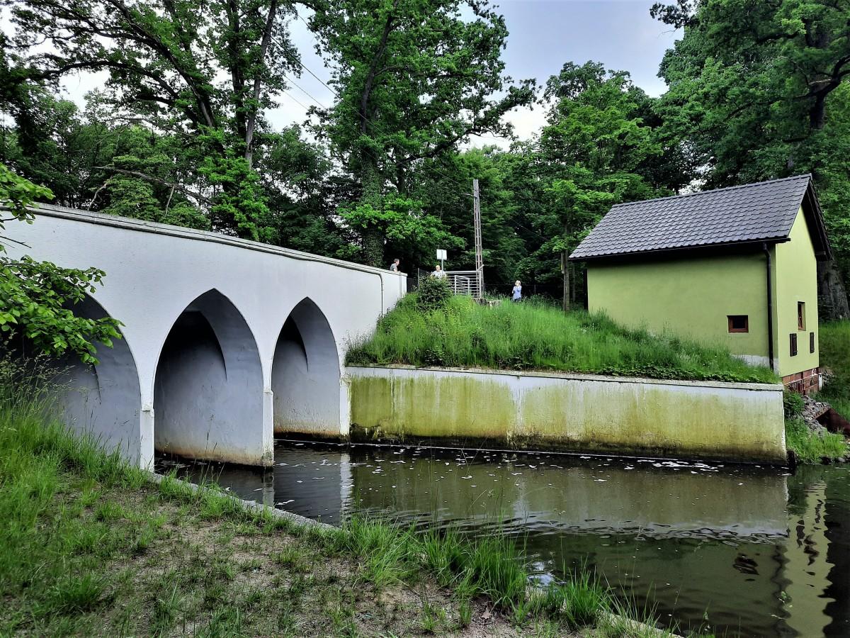 Zdjęcia: Rudy, śląskie, Most ze śluzą na Brantolce, POLSKA