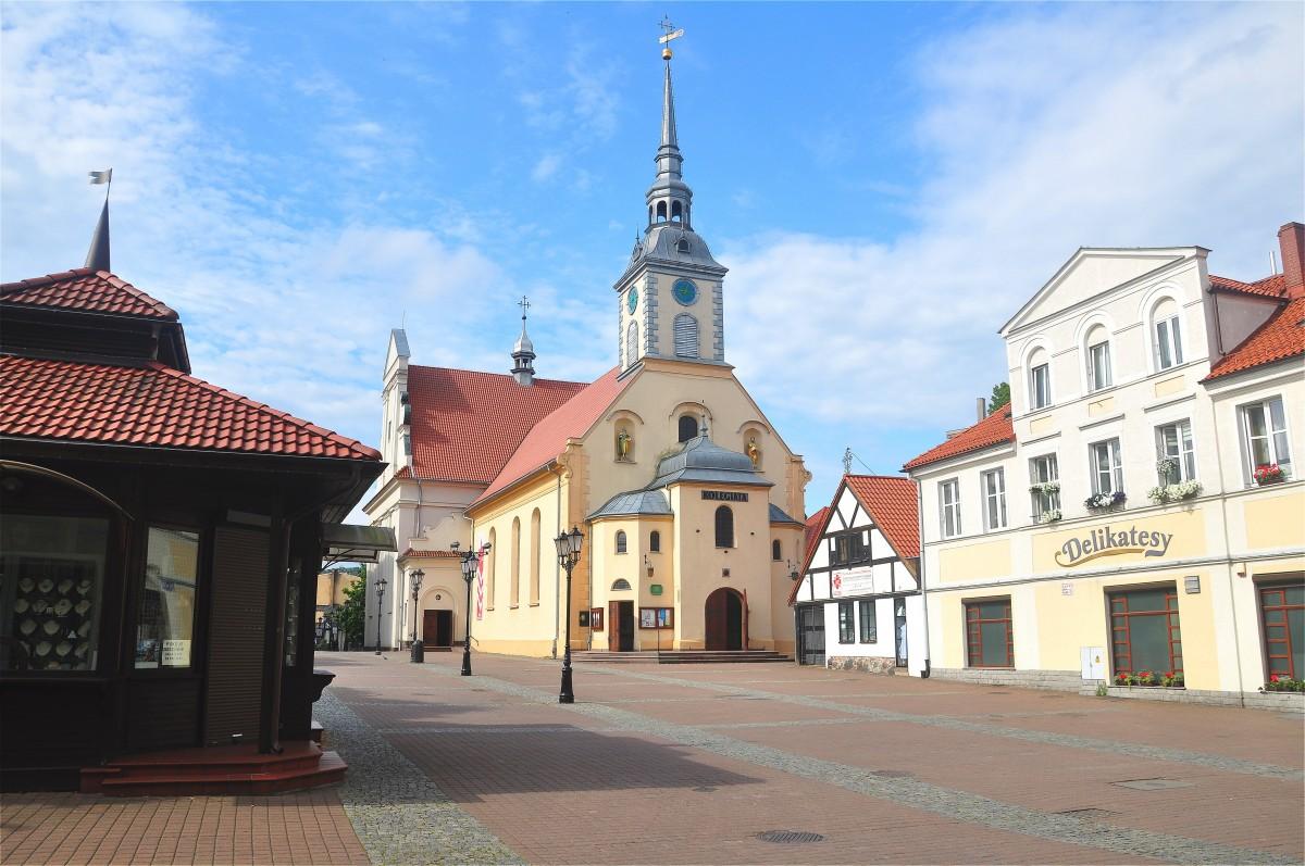 Zdjęcia: Wejherowo, pomorskie, Kolegiata Świętej Trójcy w Wejherowie, POLSKA