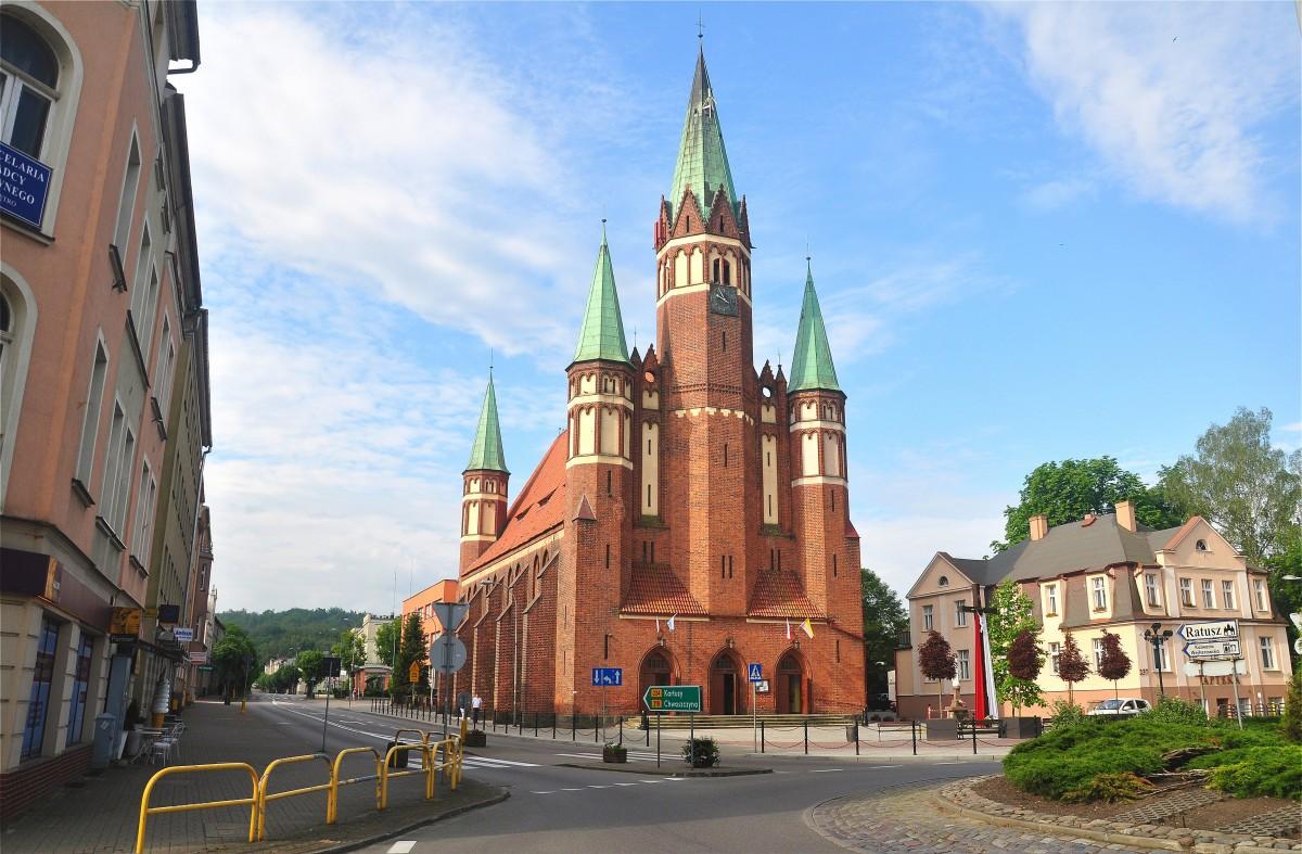 Zdjęcia: Wejherowo, pomorskie, Kościół pw. św. Leona Wielkiego i Stanisława Kostki w Wejherowie, POLSKA