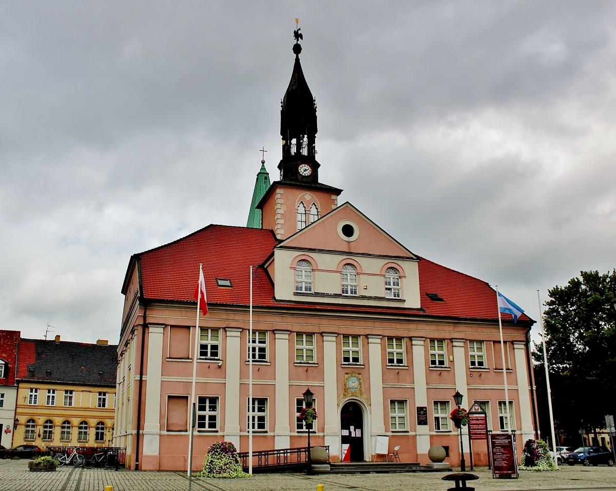 Zdjęcia: Międzyrzecz, województwo lubuskie, Ratusz z 1752 roku, POLSKA