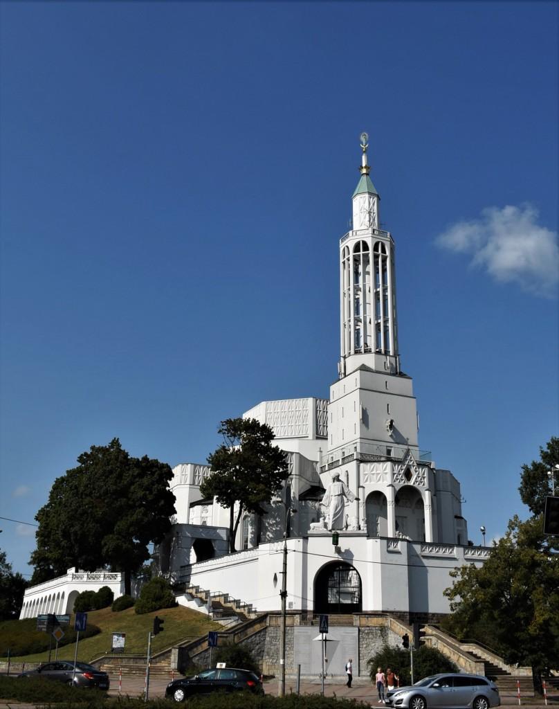 Zdjęcia: Białystok, Podlasie, Białystok, modernistyczny kościól św. Rocha, POLSKA