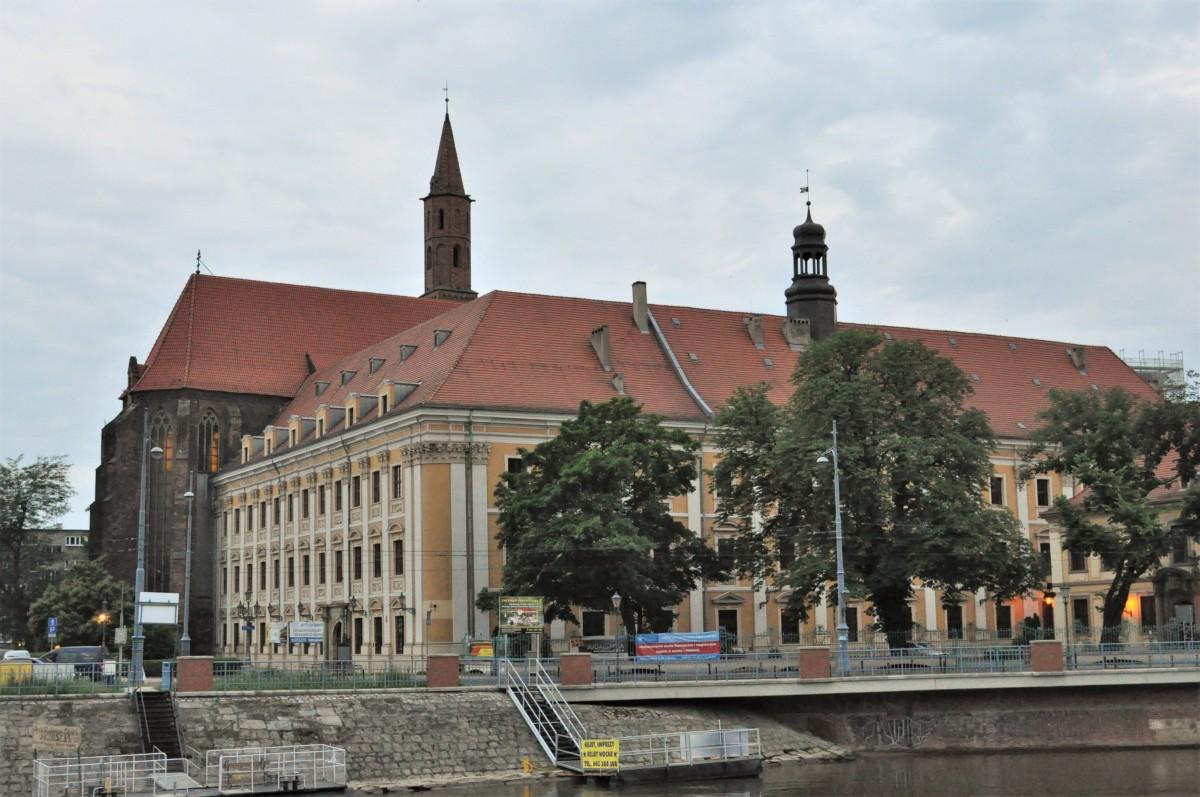 Zdjęcia: Wrocław, Dolny Śląsk, Wrocław, obecnie uniwersytet, pierwszy klasztor franciszkański XIII w. , POLSKA