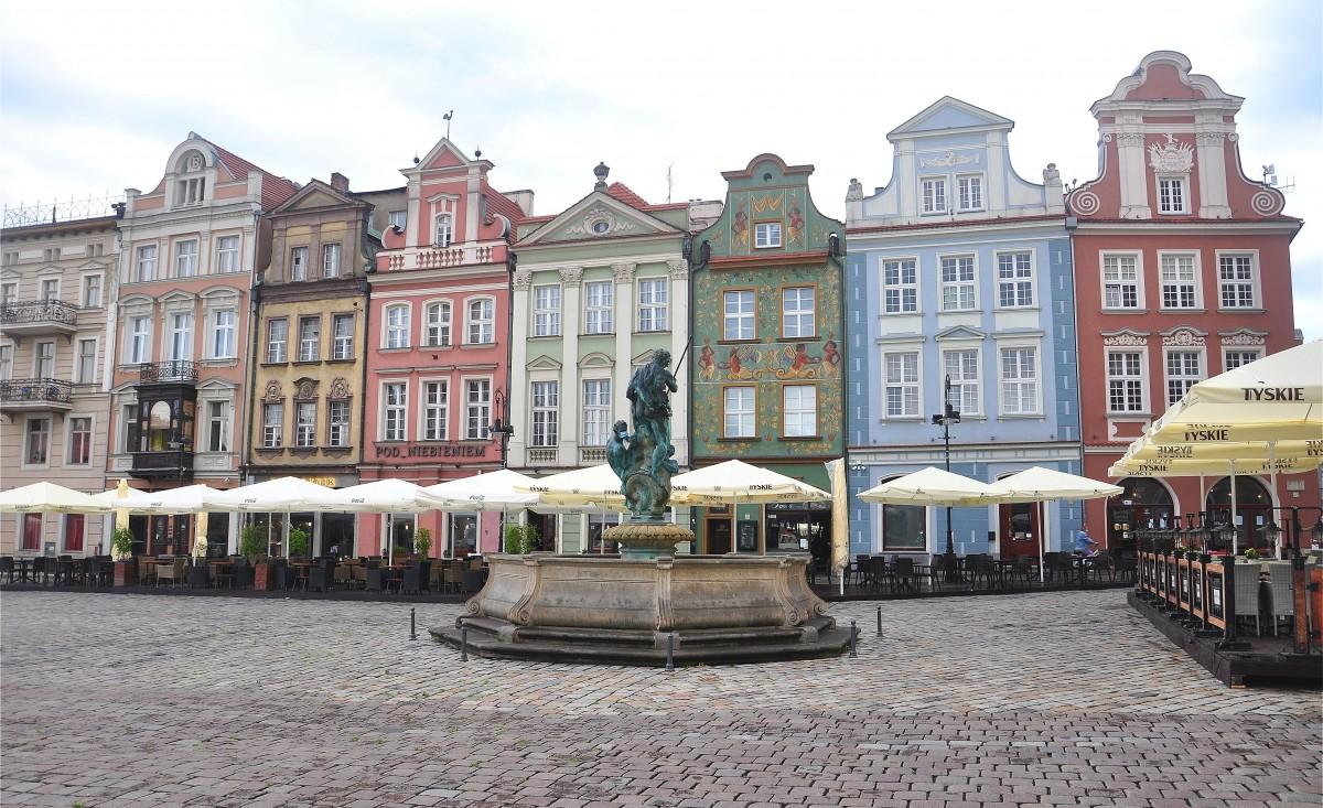 Zdjęcia: Poznań, wielkopolskie, Kamienice przy Rynku w Poznaniu, POLSKA