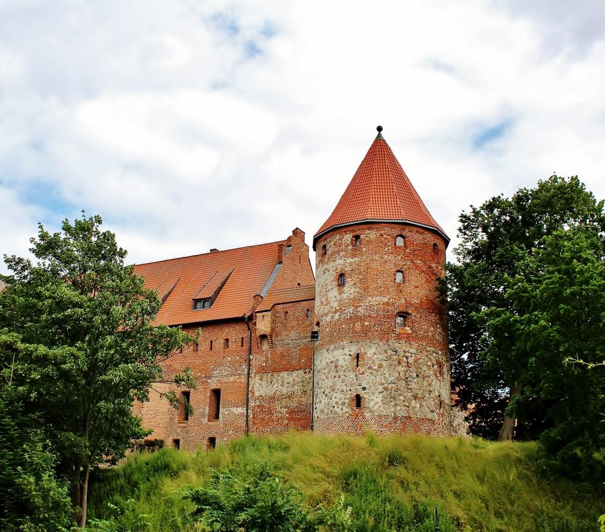 Zdjęcia: Bytów, województwo pomorskie, Zamek krzyżacki z XV wieku, POLSKA